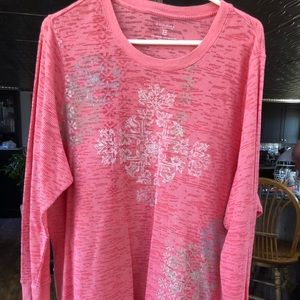Plus Size Long sleeved top
